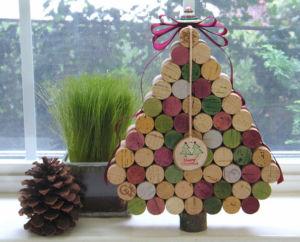wine-cork-christmas-tree